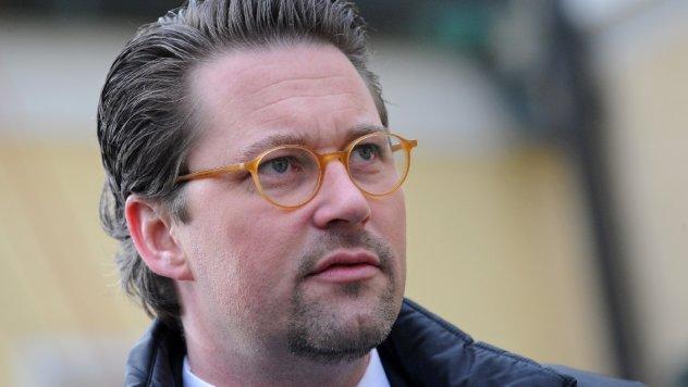 CSU-General Andreas Scheuer verspricht kostenfreies WLAN