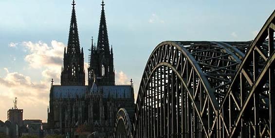 Kölner Verbrechens-Nacht am Dom