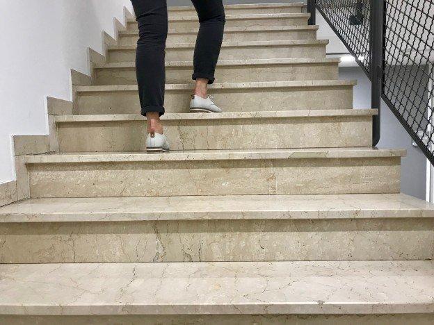Treppe statt Fahrstuhl